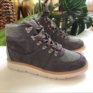 Merona Womens Nona Jogger Hiking Boots